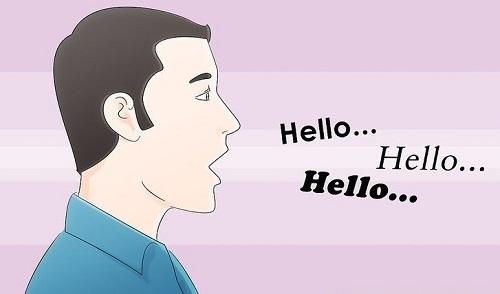 آرامتر از حالت طبیعی صحبت کنید